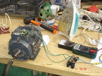Как асинхронный двигатель переделать в генератор?